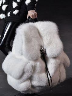 "pierresb: ""sirmichaelking: ""mulberry-cookies: "" Arctic Fox Fur Backpack @ Philipp Plein Fall 2015 (Details) "" Need. Cute Mini Backpacks, Stylish Backpacks, Girl Backpacks, Fur Fashion, Fashion Bags, Milan Fashion, Fashion Ideas, Fur Backpack, Grafea Backpack"
