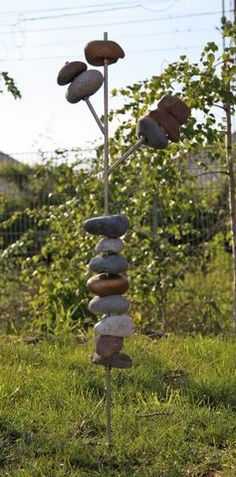 skulptur aus feldsteinen und stahl steins ulen. Black Bedroom Furniture Sets. Home Design Ideas