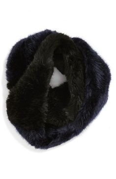 faux fur infinity scarf - these will make great holiday gifts