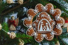 Gingerbread Christmas tree decoration