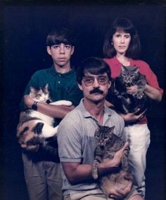 Weird Family Photos With Cats Cat