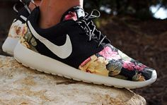 nike-roshe-run-power-corruption-and-lies-1