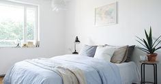 Eklund Stockholm New York - vi säljer hem utöver det vanliga - ESNY Scandinavian Interior Design, Page Design, Stockholm, Comforters, Blanket, Living Room, Bedrooms, Decorating Ideas, York