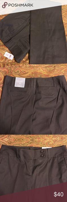 NWT Ann Taylor brown dress pants 'Signature' fit, 10P Ann Taylor Pants Wide Leg