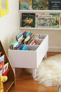 diy book bin in girl room decor, diy book bin in kid room decor, kid playroom design, kid room design ideas, kid storage ideas Diy Casa, Toy Rooms, Craft Rooms, Kid Spaces, Girl Room, Child's Room, Diy Furniture, Diy Childrens Furniture, Kids Playroom Furniture