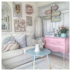 ♪Would make a cute back porch for a country house.