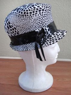 Vintage 1960s Hat Mod Polka Dot Bubble Hat 201403 - pinned by pin4etsy.com