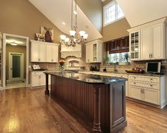 Red Oak Flooring Design, Pictures, Remodel, Decor and Ideas - page 9