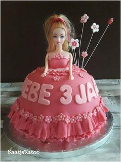 Prinsesje Phebe Cake, Desserts, Food, Tailgate Desserts, Deserts, Food Cakes, Eten, Cakes, Postres
