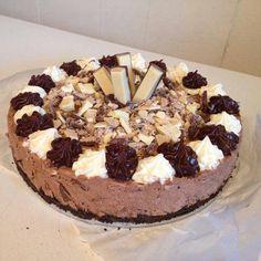 No Bake Chocolate Kit Kat Cheesecake (Mint, Hazelnut, White Chocolate, Peanut Butter, Caramel and Regular Kit Kats mixed throughout)
