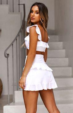 onaka Source by baodinhduong Dress Outfits, Fashion Dresses, Cute Outfits, Cute Dresses, Casual Dresses, Summer Dresses, Girls In Mini Skirts, Teen Fashion, Womens Fashion