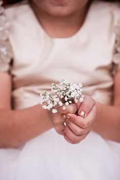 9 Little Wedding Day Tips (that will help you BIG time)  Photos by Revival Photography www.revivalphotography.com