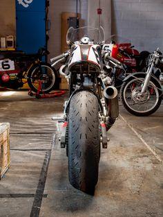 RocketGarage Cafe Racer: Monster 750 Endurance Racer