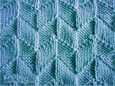 Parallelogram stitch pattern - Knit and purl stitches Knit Purl Stitches, Knitting Stiches, Crochet Stitches Patterns, Knitting Charts, Lace Knitting, Knitting Patterns Free, Stitch Patterns, Free Pattern, Pattern Design