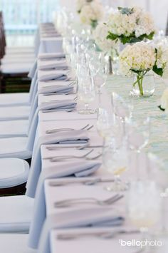 Standard table setting at a Cape Cod wedding by the Casual Gourmet. Thanks http://www.bellophoto.com/ for the precious pic!