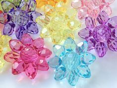 10 Pieces of 22 mm Assorted Colour Sunflower Resin Acrylic Beads (.um) via Etsy