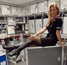 Flight attendant Pantyhose legs and Nylons heels t Sexy Boots, Sexy Heels, High Boots, High Heels, Flight Attendant Hot, Pantyhose Legs, Nylons Heels, Cabin Crew, Thigh Highs