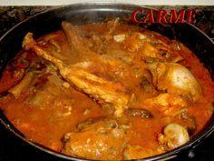 Caldereta de conejo y setas Spanish Kitchen, Spanish Food, Romanian Food, Rabbit Food, Special Recipes, Thai Red Curry, Bacon, Food And Drink, Tasty