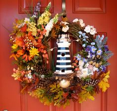 Coastal Fall wreath. Browse everything Fall and Halloween on Completely Coastal: http://www.completely-coastal.com/search/label/Fall%20and%20Halloween