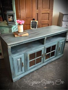 Shabby distressed TV stand! Always new painting tips, new junk money chalk paint colors, and DIY projects at styleshabby.com!