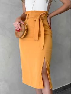 Professional Summer Outfits, Summer Outfits Women, Look Fashion, Fashion Outfits, Latest African Fashion Dresses, Chic Dress, Skirt Outfits, Beautiful Outfits, Trending Outfits