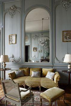 Château de La Motte-Tilly, salon bleu - featuring: gold upholstered settee - mid 18th Century. [source: www.Regards.Monuments-Nationaux.fr; Portfolio Collection of Regional Monuments]