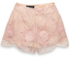 Seashell shorts // Couture.