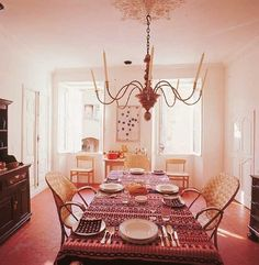 david hicks David Hicks, House Inside, Feng Shui, My Dream Home, Living Spaces, Palm, Kitchens, Table Settings, Dining Room