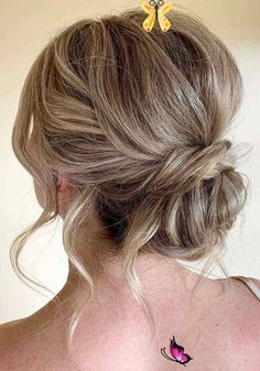 64 Chic Updo Hairstyles For Wedding And Any Occasion Want your hairstyle to be the hottest? Whether you want to add more edge or elegance – Updo hairstyles can easily make you look sassy and elegant. So... #easyupdo<br> Messy Bun Hairstyles, Short Hair Updo, Messy Hairstyles, Curly Hair Styles, Messy Updo, Updo Hairstyle, Ulzzang Hairstyle, Black Hairstyles, Hairstyle Ideas