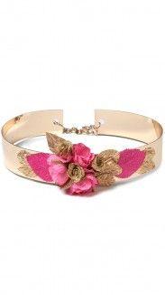 cinturon joya flores rosas para invitada de boda disponible para su alquiler en dresseos.com