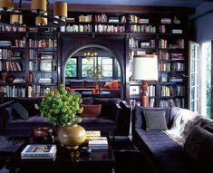38 Cozy Home Library Room Design Ideas - Home Bestiest Home Library Design, House Design, Modern Library, Classic Library, Deco Violet, Home Interior, Interior Design, Interior Ideas, Modern Interior