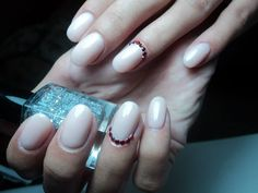 oval nails classy