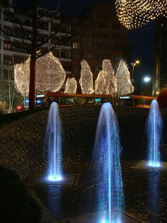 Christmas in Bilbao, Basque, Spain Christmas Lights, Christmas Holidays, Xmas, Futuristic Interior, Basque Country, Exotic Places, Most Beautiful Cities, Christmas Fashion, Christmas Traditions