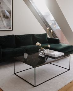 Top 3 Sofa Trends 2019: Was wir aktuell lieben - Love Daily Dose Interior Design Inspiration, Trends, Dose, Lounge, Couch, Pillows, Chair, Table, Furniture