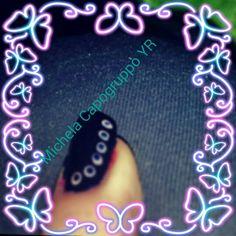 Nailart con smalti Yves Rocher blu e rosa chiaro