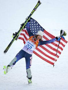 Bronze medalist Julia Mancuso of the United States finished 0.53 seconds  behind Maria Hoefl-Riesch 9c4efd37f976b