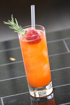 Skinny Minny Cocktail w/ strawberries, rosemary, citron vodka and lemon juice