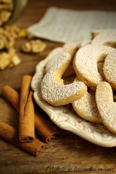 Rogaliki orzechowe Xmas, Christmas, Poland, Cupcakes, Bread, Autumn, Cookies, Coffee, Recipes
