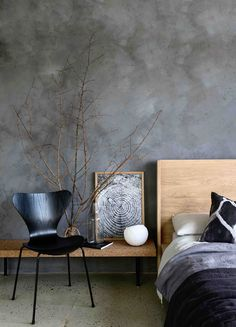 Wall Finishes Meghan Plowman and Bauwerk Colour Refined Raw - Riverstone Lime Wash Paint Unique Cand Faux Painting Walls, Faux Walls, Plaster Walls, Texture Painting, Textured Walls, Sponge Painting Walls, Diy Painting, Grey Painted Walls, Grey Walls