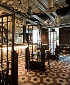 "Dishoom restaurant ""Bombay"" Covent Garden/12 Upper Saint Martin Lane /Good reviews (zagat 23) 27GBP"