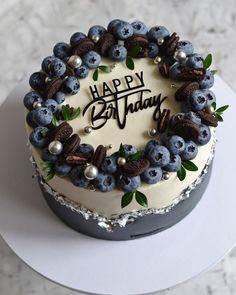 Crazy Cakes, Fancy Cakes, Pretty Cakes, Beautiful Cakes, Amazing Cakes, Cake For Boyfriend, Bithday Cake, Berry Cake, Birthday Cake Decorating