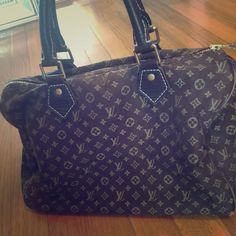 Louis Vutton mini speedy Re poshing Bc it's too small for my liking . Open to trades Louis Vuitton Bags Totes