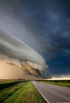 An actual photo of a storm cloud taken by Ryan McGinnis.