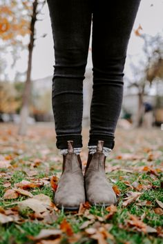 How to Style Blundstone Boots | Sharing My Sole Blundstone Boots Women, Dr Shoes, Dress With Boots, Lady Lady, Outdoor Wear, Scotland, Lily, Footwear, Platform
