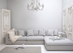 Best Corner Sofa Styles big family sized sofa for living room. Light grey to brighten up the spacebig family sized sofa for living room. Light grey to brighten up the space Living Room Sofa, Living Room Furniture, Home, Sofa Styling, Sofa Design, Living Room Decor, Corner Sofa Design, L Shaped Sofa, Deep Couch