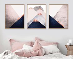 Scandi Mountains in blush pink black gold Scandinavian modern triptych Bedroom decor poster Geometric mountains - All For Decorations Minimalist Poster, Minimalist Art, Art Scandinave, Skandinavisch Modern, Modern Decor, Modern Design, Modern Wall, Contemporary Furniture, Contemporary Art