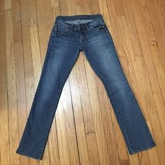 Delia's Morgan Jeans 1/2 short Perfect condition, barely worn. No signs of wear and tear. Too small on me now, would love to give them a new home! They are 99% cotton && 1% spandex. Comfy for jeans && they're boot cut so they go great with gymshoes, sandals, or boots! ☺️ Delia's Jeans Boot Cut