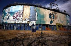 Le stade où se déroulaient les épreuves de beach volley à Pékin, pendant les Jeux olympiques de 2008, est désormais à l'abandon, en plein coeur de la capitale chinoise