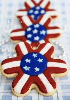 Memorial day or of July cookies to make! Star Cookies, Cute Cookies, Cupcake Cookies, Fancy Cookies, Onesie Cookies, Patriotic Party, 4th Of July Party, Fourth Of July, Patriotic Desserts