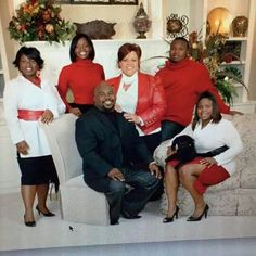 Mann Family Throwback Black Art Pictures, Great Pictures, Black Love, Black Is Beautiful, Tamela Mann, Mothers Day Images, Family Over Everything, Church Pictures, Beautiful Family